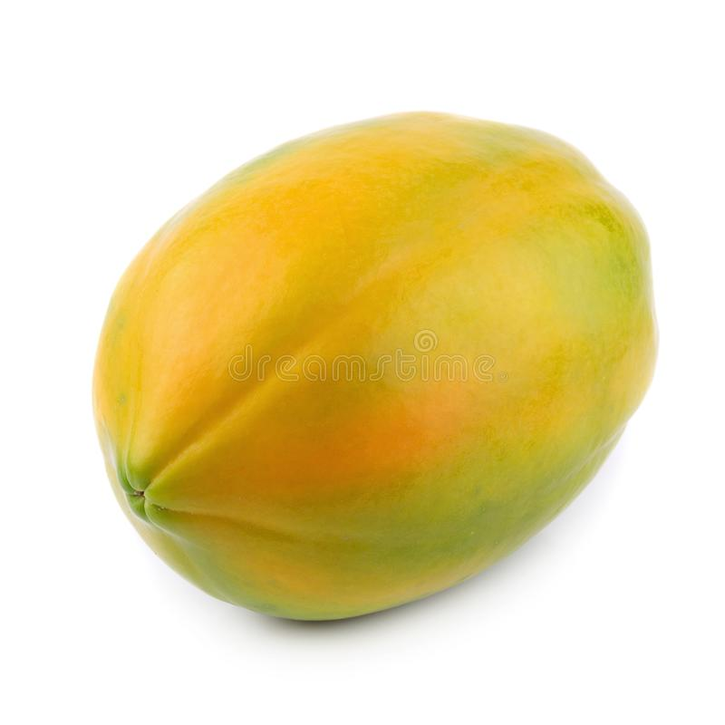 Todo do fruto maduro da papaia isolado no fundo branco foto de stock royalty free