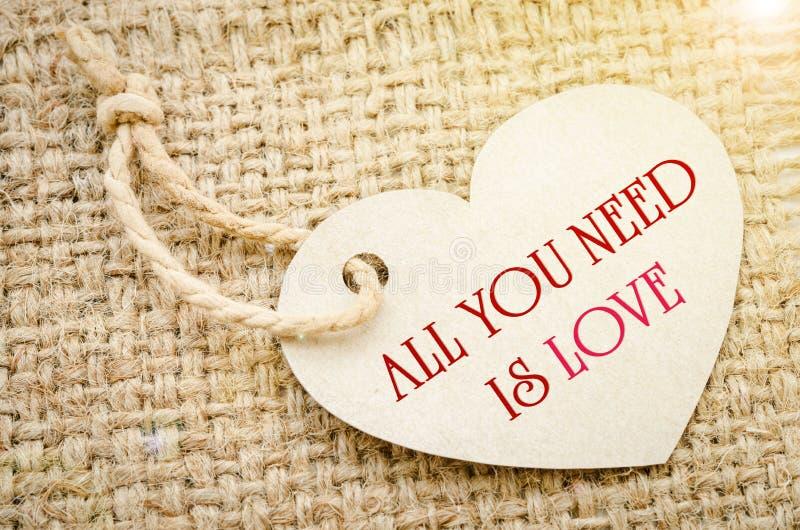 Todo lo que usted necesita es amor imagen de archivo