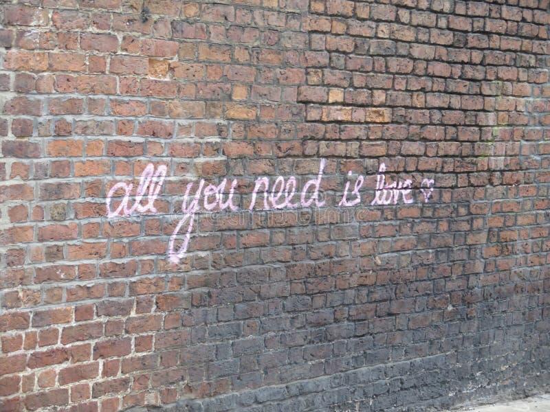Todo lo que usted necesita es amor Liverpool fotos de archivo