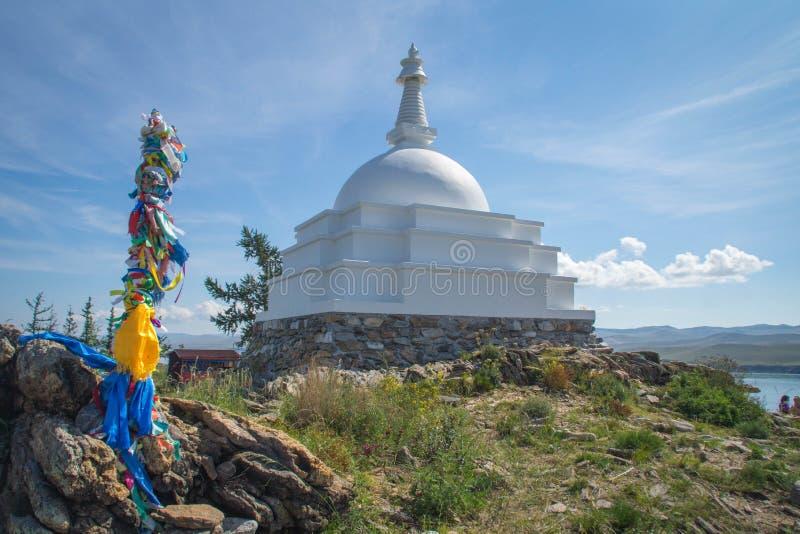 Todo o Stupa auspicioso de Great Awakening, ilha de Ogoy, o Lago Baikal foto de stock royalty free