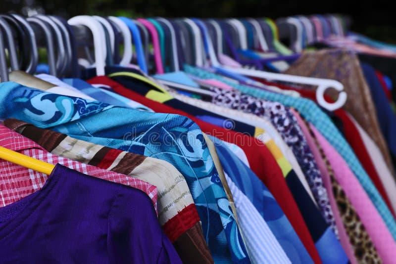 Todos os tamanhos, cores, projetos para senhoras da venda foto de stock