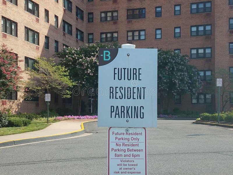 Toekomstig ingezeten parkerenteken royalty-vrije stock afbeelding