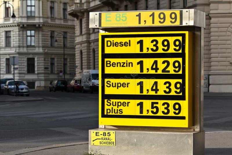 Toenemende gasprijs stock foto's
