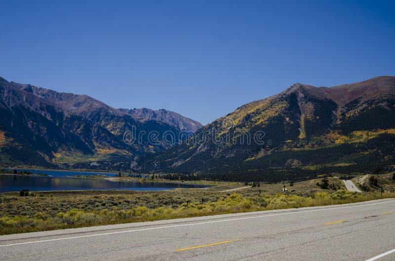 Toerismereis om Meren Colorado samen te brengen stock afbeeldingen