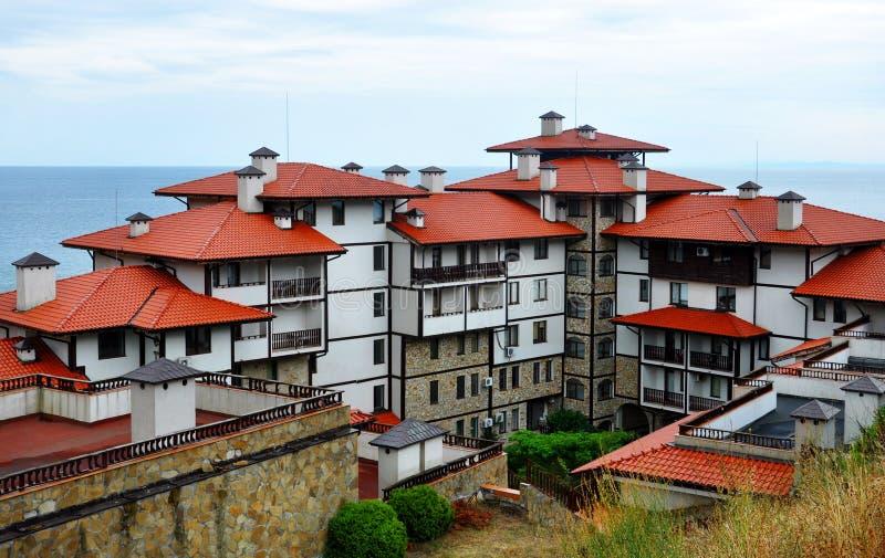 Toerist complex met flats voor gasten stock fotografie