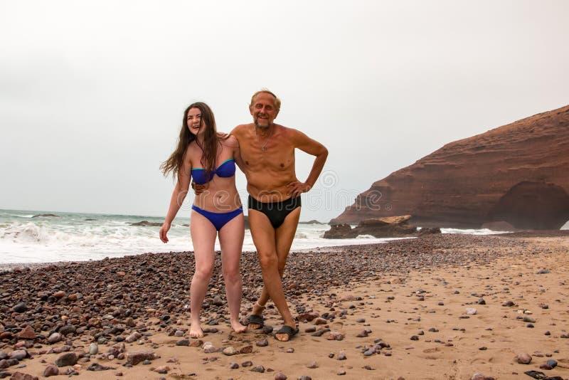 Toerist in een reis binnen door Marokko stock afbeelding