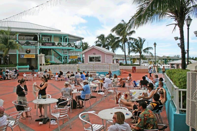 Toeristen bij freeport royalty-vrije stock foto's