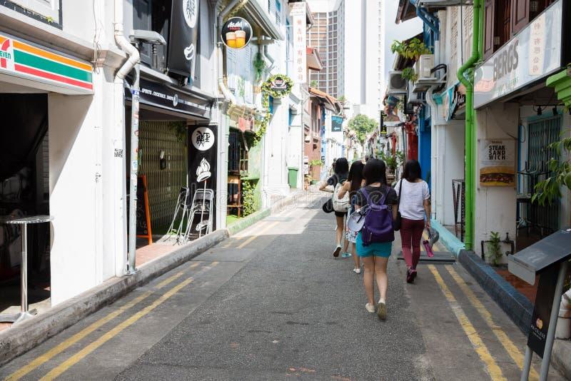 Toeristen in het Arabische kwart (Kampong Glam) Singapore stock afbeeldingen
