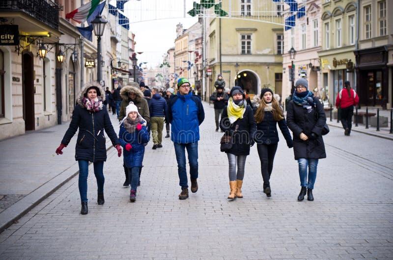Toeristen in Krakau Polen stock afbeelding