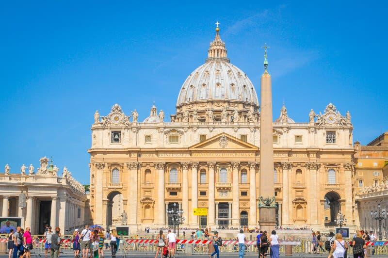 Toeristen in Vatikaan, Rome, Italië royalty-vrije stock afbeeldingen