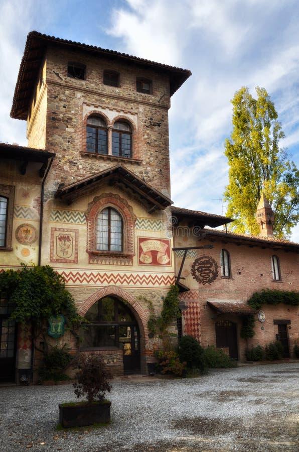 Toeristenbestemming in noordelijk Italië, Grazzano Visconti stock afbeelding