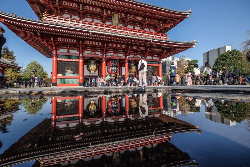 Toeristenbestemming van Sensoji-tempel, Asakusa, Japan stock afbeeldingen