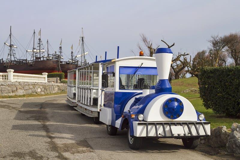 Toeristische trein royalty-vrije stock afbeelding