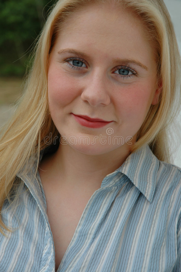 Toevallige Jonge Vrouw royalty-vrije stock foto's