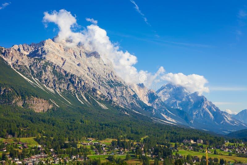 Tofana di Rozes, montagnes de Dolomiti image stock