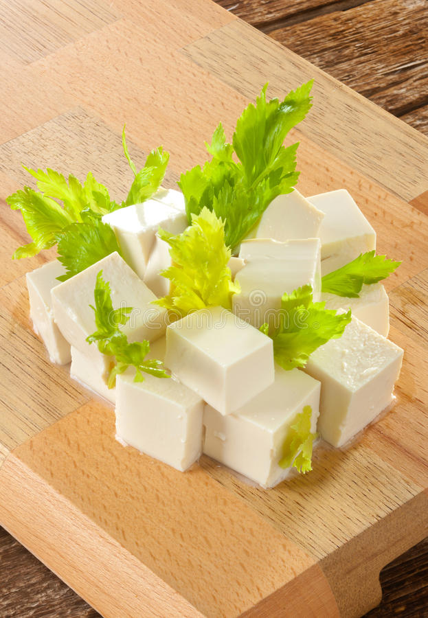 Download Tofu стоковое фото. изображение насчитывающей соя, кухня - 41656074