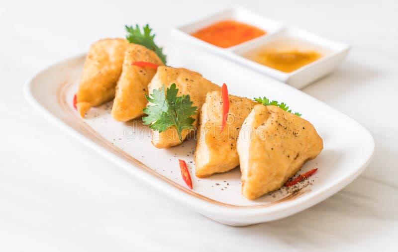 tofu fritto - alimento del vegano fotografie stock libere da diritti