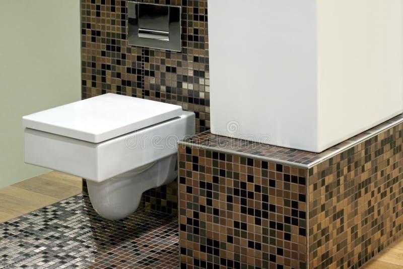 Toilet en tegels royalty-vrije stock afbeelding