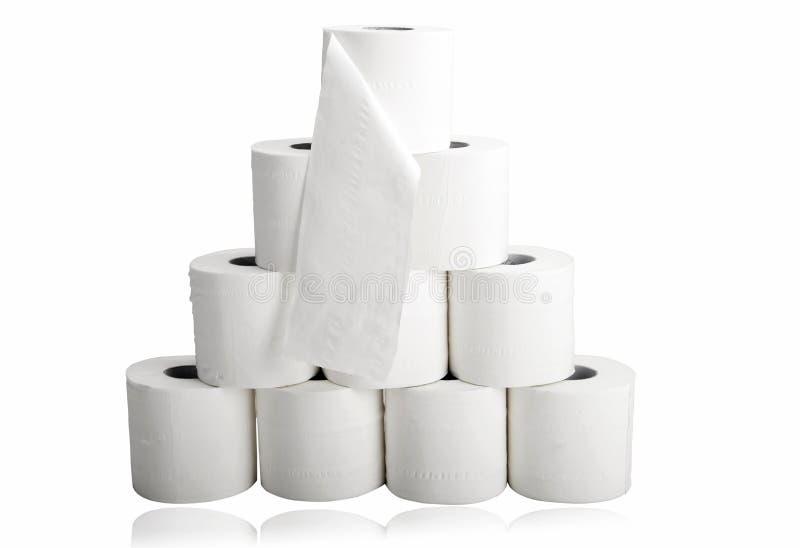Toiletpapier in piramidevorm stock foto's