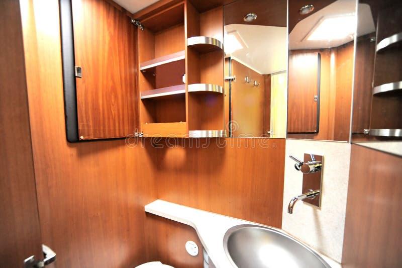 Toilette in camper fotografie stock