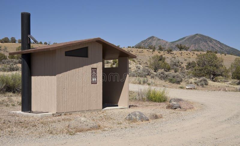 Toilette de stationnement photos libres de droits