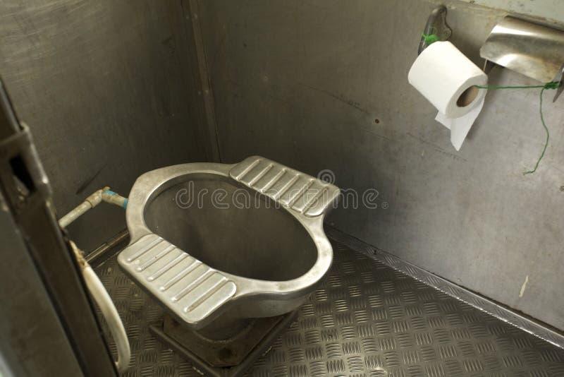 Toilette de train image stock