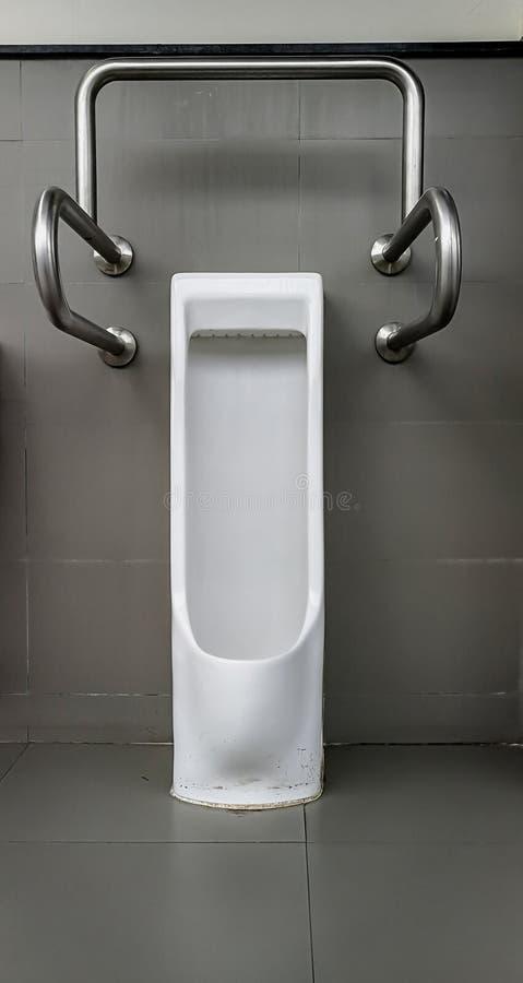 Toilette, Spagna, bambino, bambino, addestramento a usare il vasino fotografia stock libera da diritti