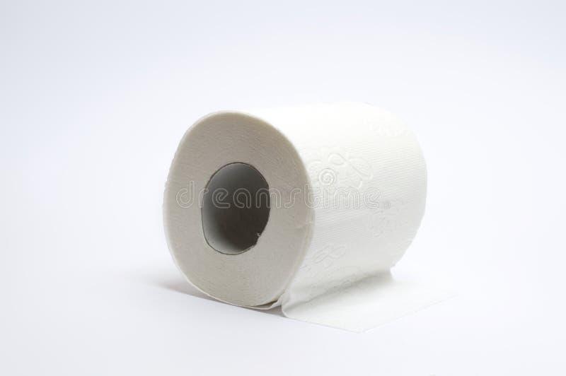 Toilettenpapier auf Weiß stockbilder