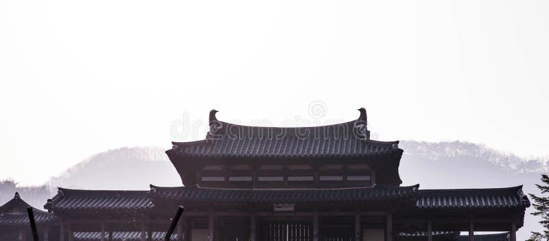Toit de château coréen de style photo stock