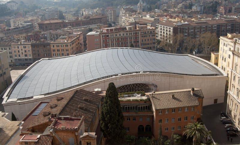 Toit de l'assistance Hall à Ville du Vatican photographie stock