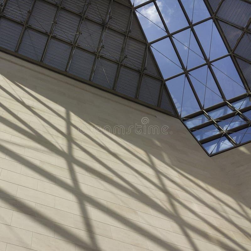 Toit en verre de musée de MUDAM au Luxembourg 6 photos stock