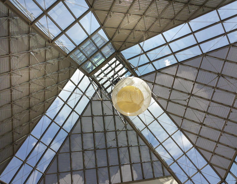 Toit en verre de musée de MUDAM au Luxembourg 5 photo libre de droits