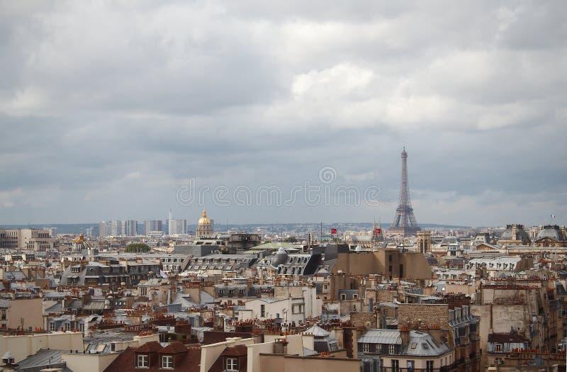 Toits de Paris images stock