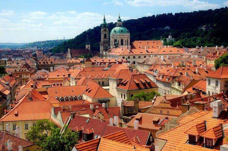 Toits de Prague photos stock
