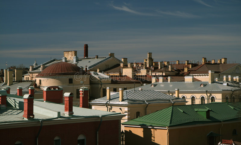 Toits de ville de St Petersburg, Russie images libres de droits