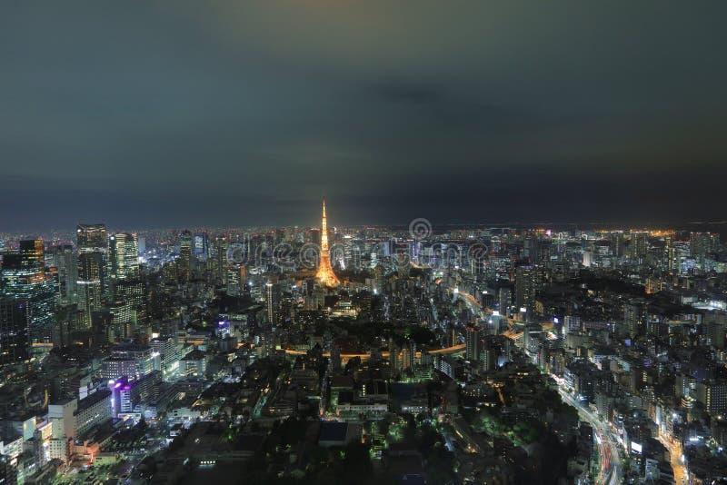 Tokio góruje jak widzieć z linią horyzontu od metropolita fotografia royalty free