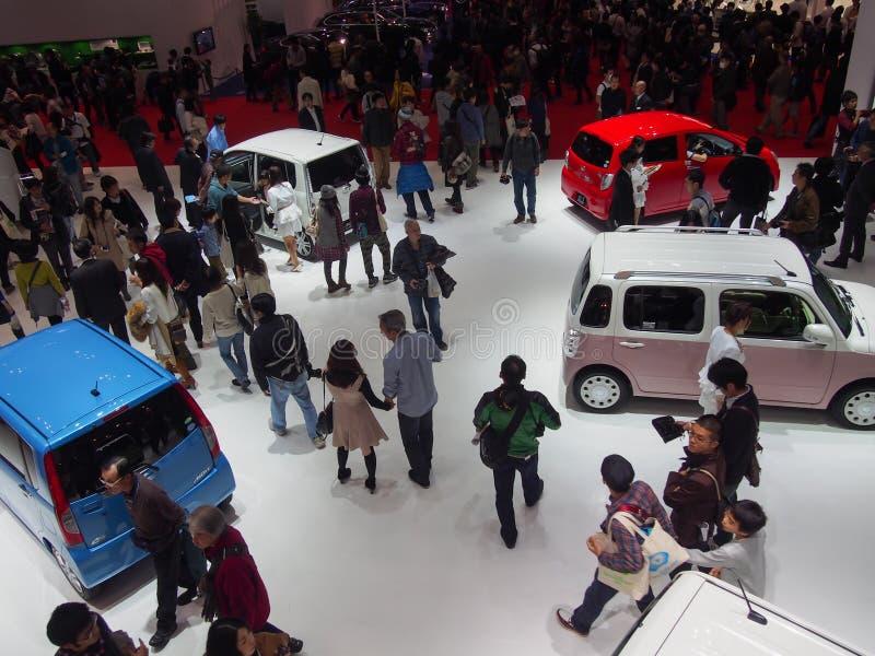 TOKIO, JAPÓN - 23 de noviembre de 2013: Cabina en el motor de Daihatsu imagen de archivo libre de regalías