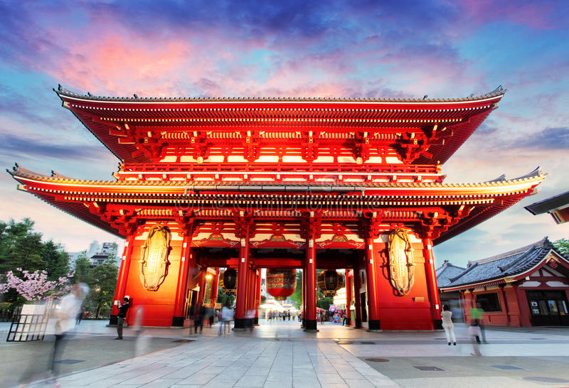 Tokio, Japonia -, Asakusa świątynia obraz stock