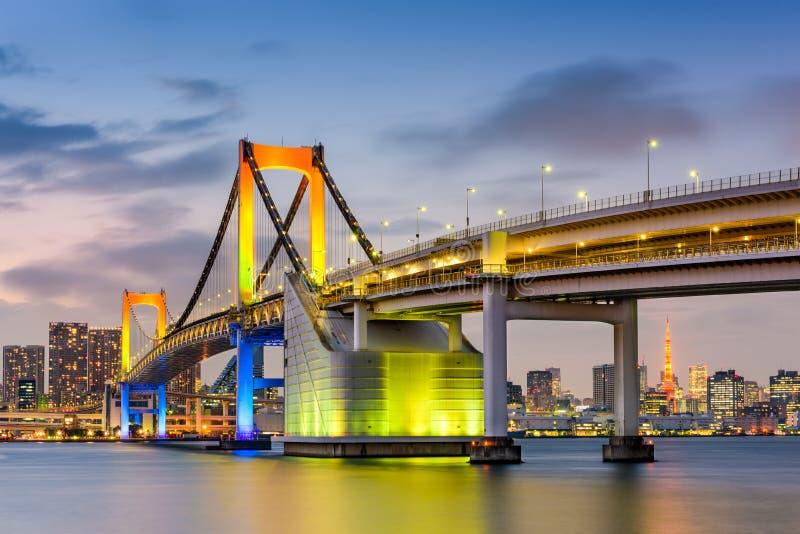 Tokio Japonia przy tęcza mostem obraz royalty free