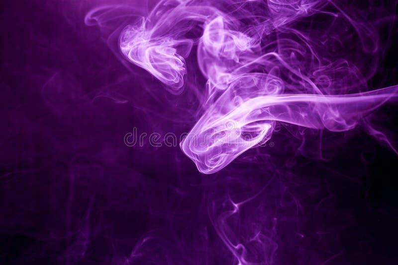 Toksyczny purpura dym fotografia royalty free