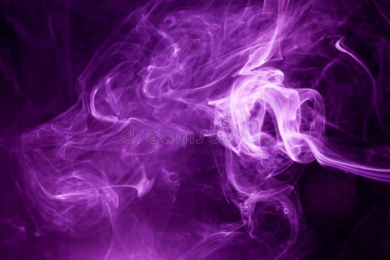 Toksyczny purpura dym obraz royalty free