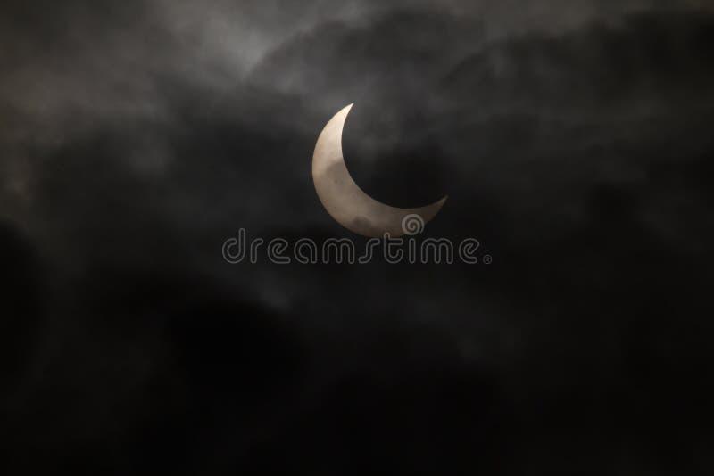 Tokyo, Giappone - 21 maggio: Eclipse anulare fotografia stock libera da diritti