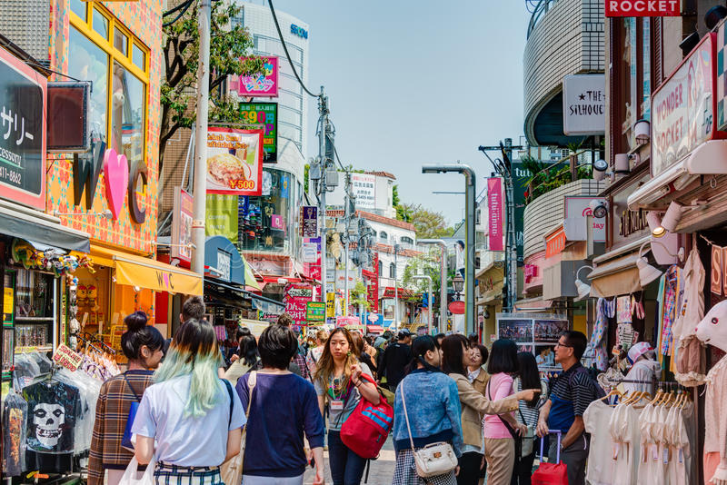 TOKYO, GIAPPONE: Via di Takeshita (Takeshita Dori) immagini stock