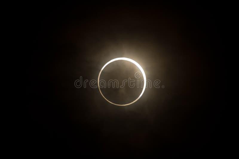 Tokyo, Japão - maio 21: Eclipse anular fotos de stock