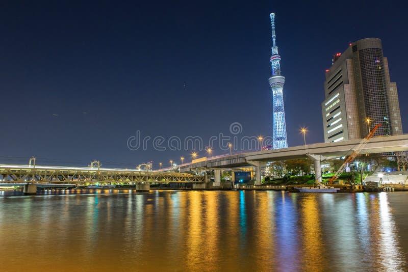 Tokyo la nuit images stock