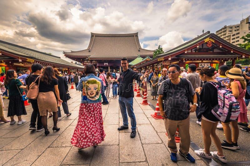 Tokyo - Mei 18, 2019: Sanja Matsuri Festival-menigte bij de Sensoji-tempel in Asakusa, Tokyo, Japan stock afbeeldingen