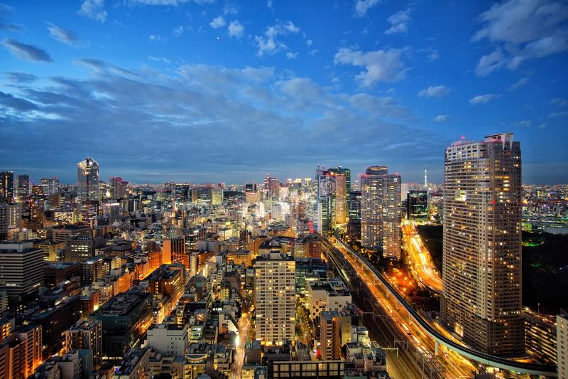 Tokyo-Nachtansicht-Stadtlandschaft lizenzfreies stockfoto