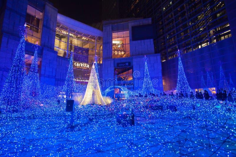 Tokyo-Weihnachten- und -Wintersaison Beleuchtungen bei Shiodome lizenzfreie stockfotos