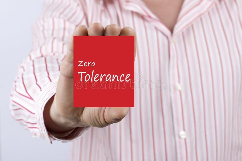 Tolérance zéro écrite sur la carte photos libres de droits
