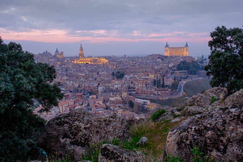 Toledo en la puesta del sol foto de archivo